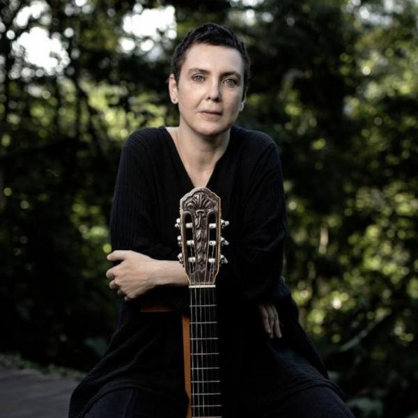Adriana Calcanhotto(Imagem:Reprodução)