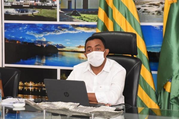 Joel Rodrigues, prefeito de Floriano.(Imagem:Reprodução)