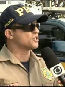 Fluxo de veículos é intenso e motoristas devem ser prudentes, diz tenente.(Imagem:G1 PI)