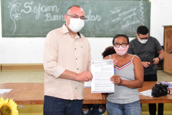 Educação assina contratos com fornecedores da agricultura familiar de Floriano para merenda escolar(Imagem:Divulgação)