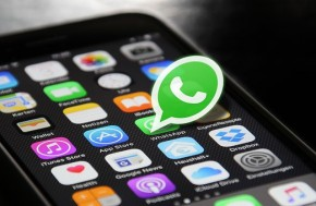 Novo golpe no WhatsApp promete passagens aéreas gratuitas.(Imagem:Reprodução)
