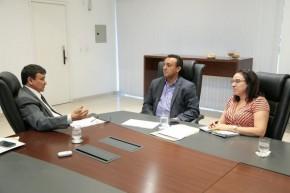 Governador autoriza concurso em audiência com o reitor da Uespi.(Imagem:Jorge Bastos)
