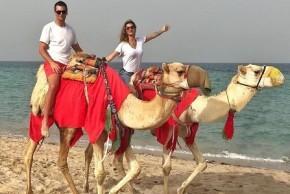 Gisele Bündchen é criticada por foto em passeio de camelo.(Imagem:Instagram)