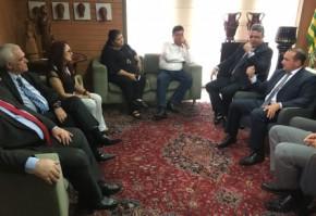 Deputados firmam acordo para garantir reajuste dos servdores.(Imagem:Alepi)