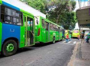 Linha de Ônibus(Imagem:Roberta Aline)