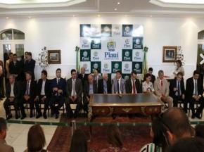 Governador empossa 6 coordenadores e ida de Pablo Santos para a Fundação é adiada.(Imagem:Cidadeverde.com)