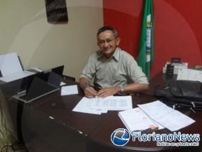 Secretário Gonzaga Carvalho.(Imagem:FlorianoNews)