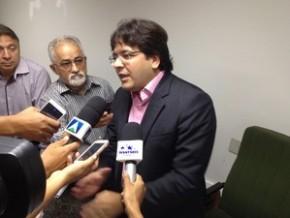 Rafael Fonteles disse que servidores vão receber salários atrasados.(Imagem:Gustavo Almeida/G1)