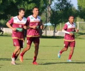 Eduardo se apresentou na segunda e virou opção imediata do River-PI para o jogo com o Goiás.(Imagem:Érica Paz/RiverAC)