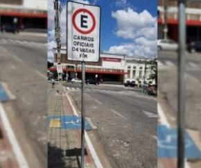 Deficiente tem carro multado no Centro e denuncia falta de vaga preferencial.(Imagem:CidadeVerde.com)