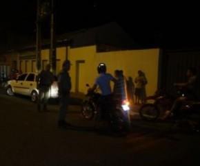 Blitz da PM resulta em uma motocicleta apreendida em Floriano.(Imagem:FlorianoNews)