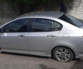 Segundo a Guarda-Civil Municipal de Teresina, cerca de uma hora depois, a servidora foi liberada no Shopping da Cidade, no Centro da capital.  O carro foi encontrado 30 minutos dep(Imagem:Reprodução)