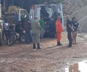 Um morre e dois são socorridos após descarga elétrica em draga.(Imagem:CidadeVerde.com)