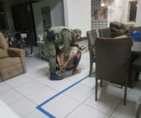 Homem é preso acusado de furtar estabelecimento comercial em Parnaíba.(Imagem:Portal do Catita)