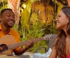 Thiaguinho e Mariana Rios cantam juntos em vídeo e reacendem rumores de romance: Deus que me perdoe, mas eu shippo demais(Imagem:Reprodução)