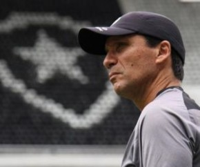 Nova queda aumenta pressão sobre Zé Ricardo no Botafogo.(Imagem:Vitor Silva)