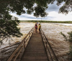 Com cheia do rio, cresce número de visitantes na Cachoeira do Urubu.(Imagem:Cidadeverde.com)