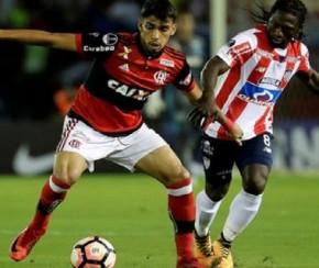 Independiente e Flamengo entram em campo pela final da Sul-Americana.(Imagem:Fox Sports)