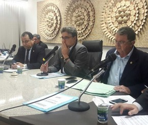 Deputados são recebidos pelo presidente da Caixa para tratar de empréstimo.(Imagem:Cidadeverde.com)