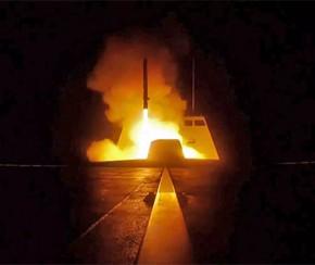 Síria contra-ataca e derruba 13 mísseis lançados pelos EUA, diz TV.(Imagem:AP Photo/Hassan Ammar)