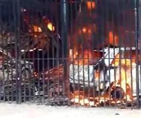 Incêndio em oficina destrói prédio e queima quatro veículos em Teresina.(Imagem:Reprodução)