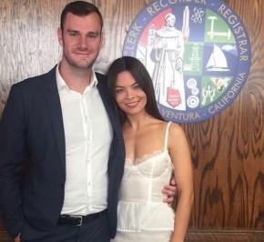 Atriz de Harry Potter se casa com filho do fundador da Playboy.(Imagem:Instagram)