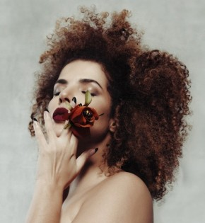 Vanessa da Mata canta com Baco Exu do Blues no sétimo álbum de estúdio.(Imagem:Rodolfo Magalhães)