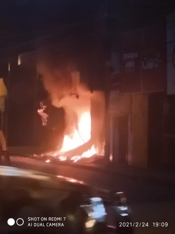 Dia do incêndio(Imagem:FlorianoNews)