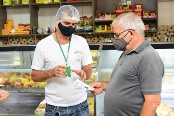 SEMAN realiza fiscalização educativa em empreendimentos comerciais de Floriano(Imagem:SECOM)