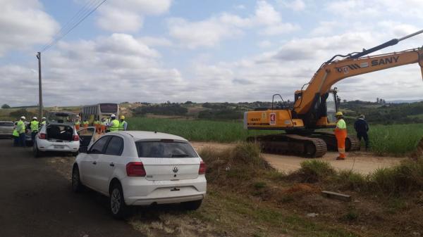 Início da construção da praça de pedágio que liga Piracicaba a Águas de São Pedro.(Imagem:Edijan Del Santo/EPTV)