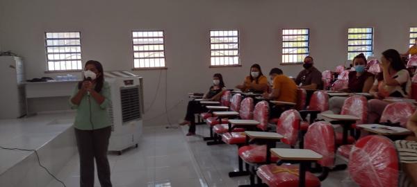 Floriano sedia SASC Integração com a capacitação de assistentes sociais(Imagem:FlorianoNews)