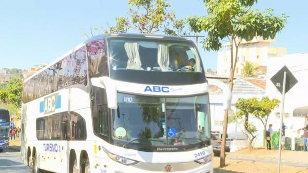 Saída do Boca Juniors da delegacia.(Imagem:Reprodução)