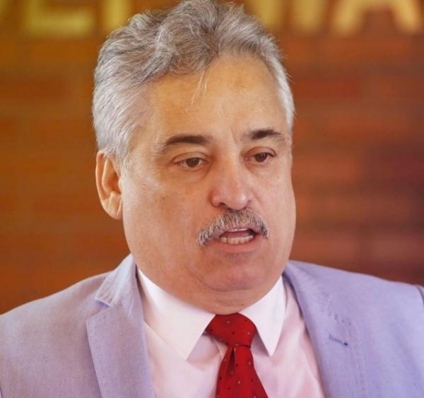 Candidato à vice prefeitura de Teresina, Robert Rios, é internado devido pneuominia que compreteu 50% dos seus pulmoões.(Imagem:Divulgação)