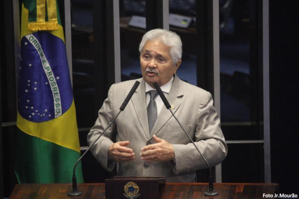 Elmano Férrer(Imagem:Divulgação)