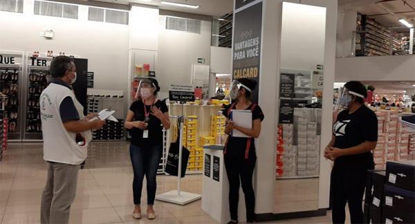 Shoppings reabrem próxima semana e vigilância sanitária alerta sobre cuidados.(Imagem:PMT)