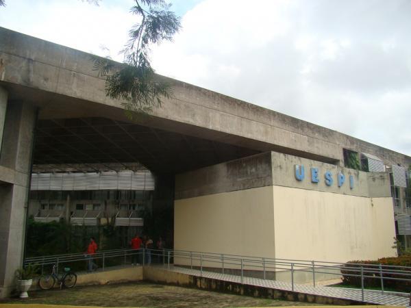 Uespi prorroga suspensão do calendário acadêmico por tempo indeterminado(Imagem:Reprodução)