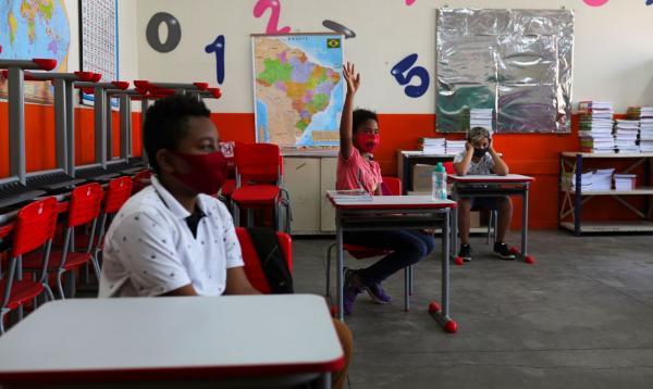Pandemia de covid-19 fez ensino e papel do professor mudarem(Imagem:REUTERS / Amanda Perobelli/direitos reservados)