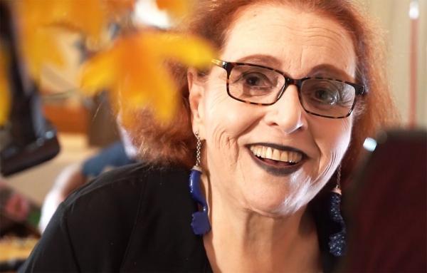 ?Não é mole... (fazer) 69 anos... Mas seguimos?, ponderou Cida Moreira ao fim do show inédito com que celebrou a idade a que chegou em 12 de novembro. São 69 anos de vida pautada p(Imagem:Reprodução)
