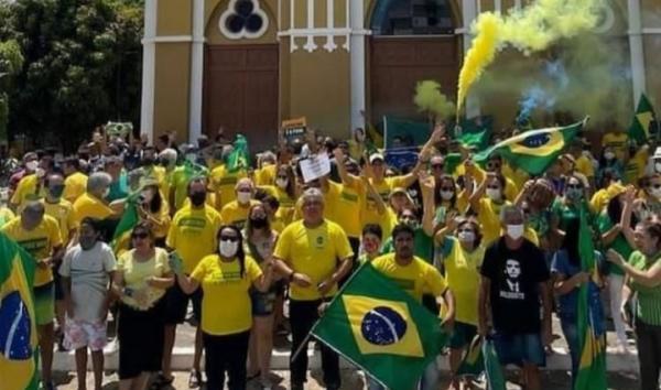 No dia da Independência do Brasil, Bolsonaristas fazem manifestação em Floriano(Imagem:Portal Oxen)