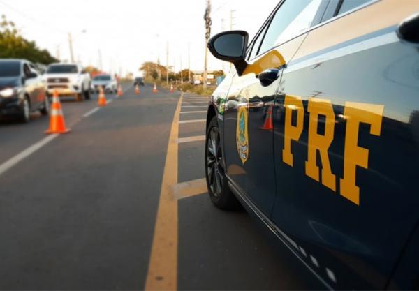 Mais de 7.690 veículos e 6.710 pessoas foram fiscalizadas através do monitoramento de atividades de inteligência do estado.(Imagem:Ascom / PRF)