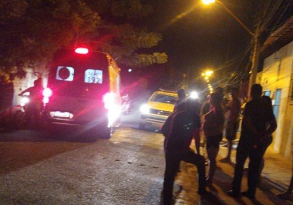 Policial militar foi baleado no braço durante assalto na Zona Norte de Teresina.(Imagem:Reprodução/Redes sociais)