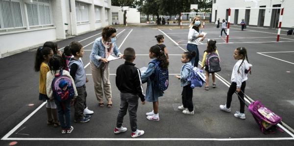 Após 3 semanas de reabertura, número de escolas fechadas por Covid-19 avança na França(Imagem:Reprodução)