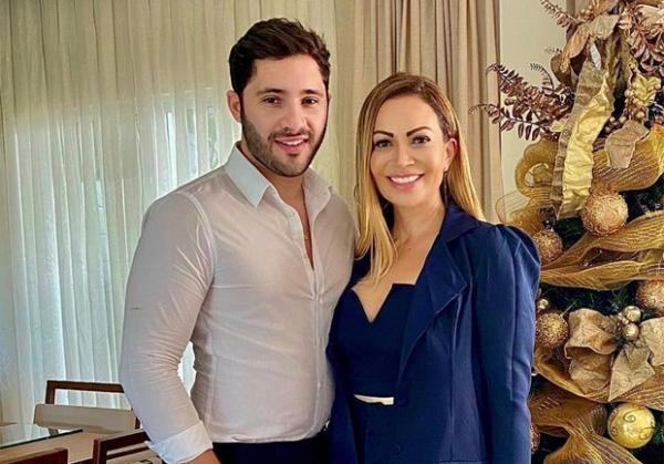 Solange Almeida e Monilton Moura(Imagem:Reprodução/Instagram)