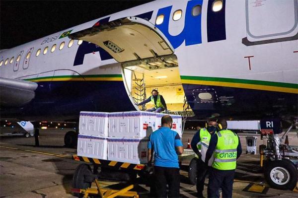 Piauí recebe mais de 117 mil doses de vacinas AstraZeneca e Coronavac.(Imagem:Sesapi)
