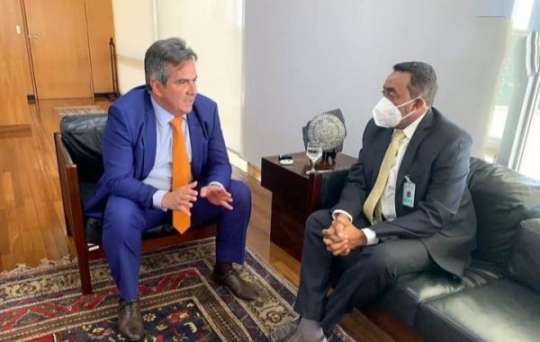 Prefeito Joel Rodrigues e ministro da Casa Civil, Ciro Nogueira.(Imagem:Reprodução)